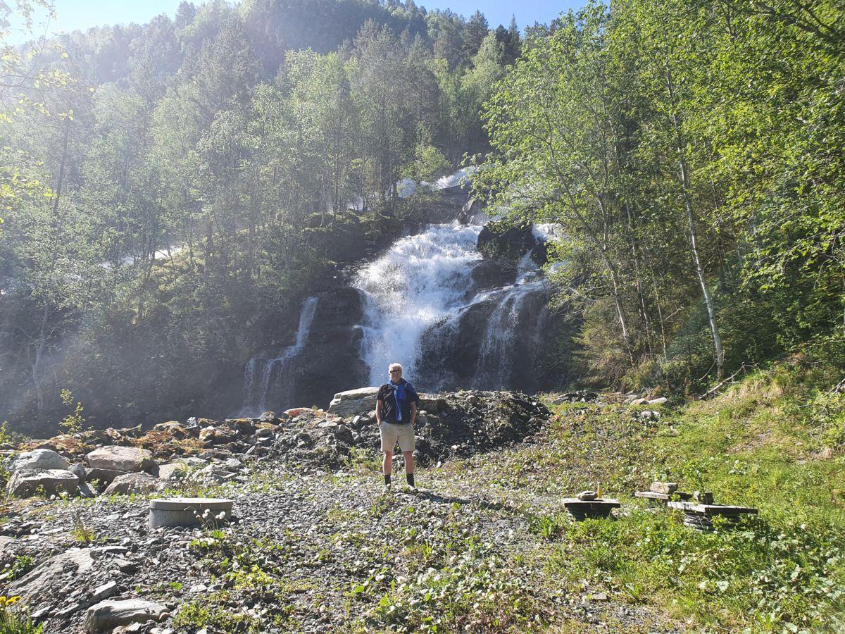 Vatnet til Bjøråa vassverk har nok sitt opphav frå Bjøråa, som strekkjer seg oppover mot Bjøråskaret.  Foto: Surnadal kommune