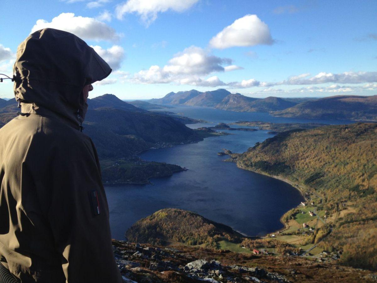 Utsikt frå Møkkelfjellet. Foto: Morotur