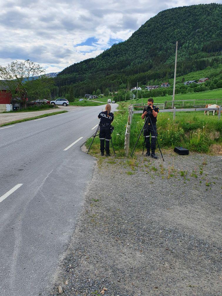 Trafikkontroll på Nordvik. Foto: Politiet