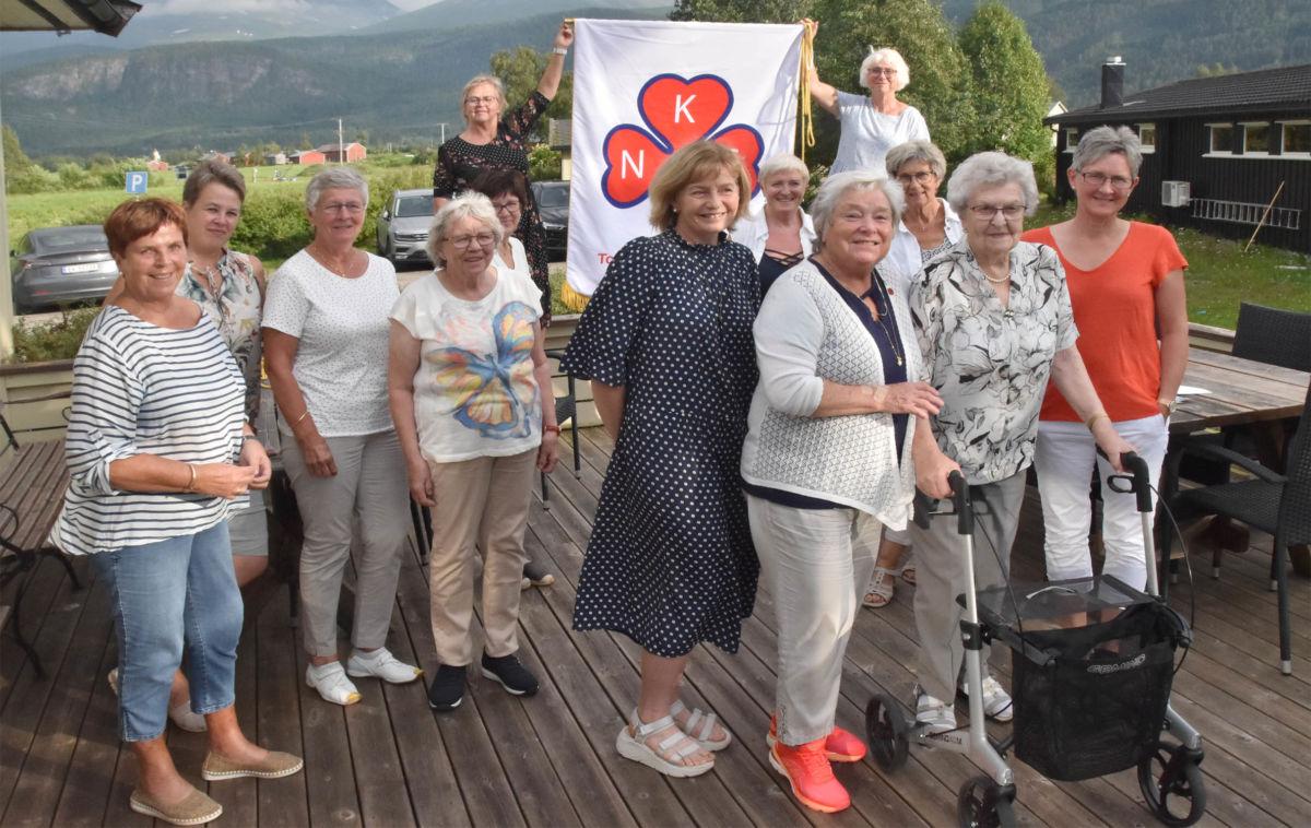 Heile gjengen samla etter at nyheita om prosjektmidlande til Inn på tunet var kjent!  Foto: Jon Olav Ørsal
