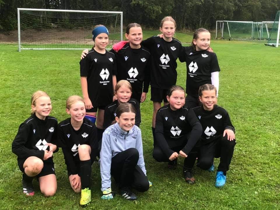 Frei FK J10 klare til kamp. Foto: I.L. Søya